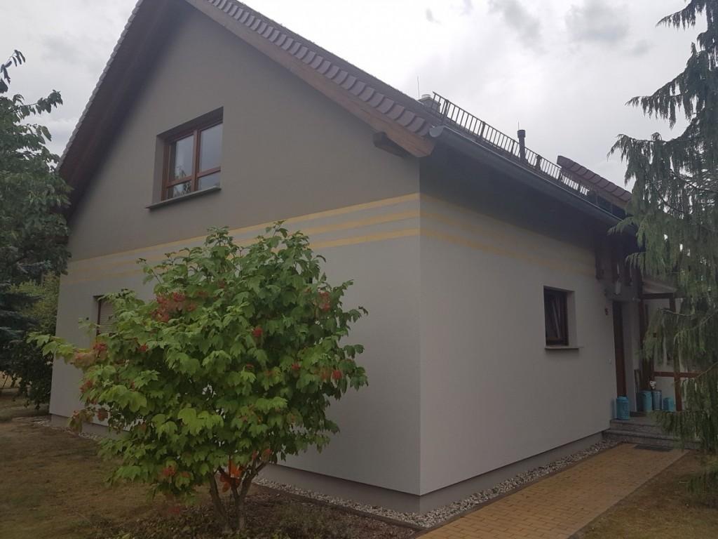 Fassadenarbeiten und Anstrich Holzwerk